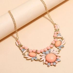 NEW POP THAT COLOR BOHO CORAL GEMSTONE STATEMENT NECKLACE